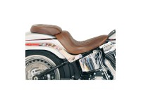Mustang Distressed Brown Wide Tripper Solo Seat with Diamond Stitching - 76746 ( Sale )